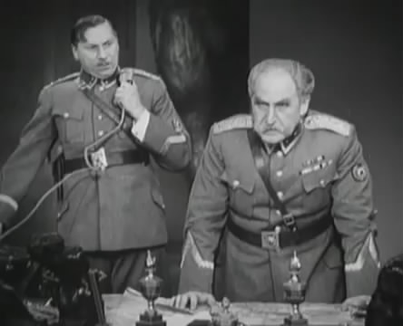 Танкисты (1939).mp4_snapshot_01.05.32_[2016.05.15_12.52.04]