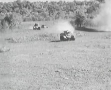 Танкисты (1939).mp4_snapshot_01.07.18_[2016.05.15_12.53.56]