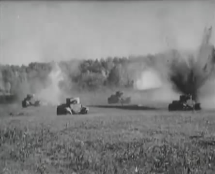 Танкисты (1939).mp4_snapshot_01.07.38_[2016.05.15_12.54.21]