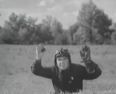 Танкисты (1939).mp4_snapshot_01.11.47_[2016.05.15_12.58.01]
