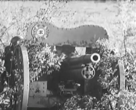 Танкисты (1939).mp4_snapshot_01.14.23_[2016.05.15_13.01.18]