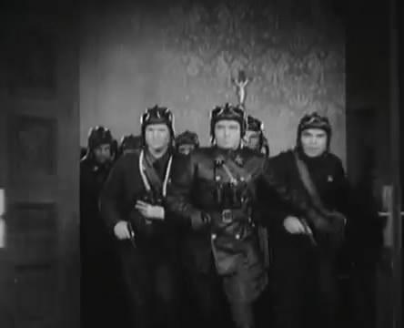 Танкисты (1939).mp4_snapshot_01.21.56_[2016.05.15_13.08.45]
