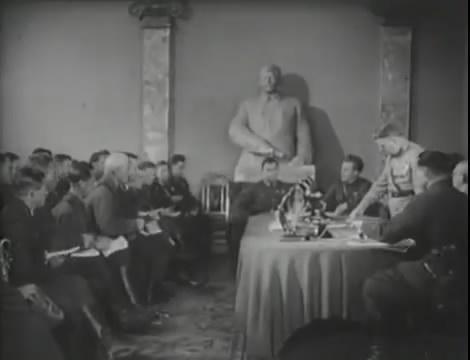 Эскадрилья №5 _ Война начинается (1939).mp4_snapshot_00.11.49_[2016.05.20_10.34.31]
