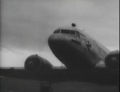 Эскадрилья №5 _ Война начинается (1939).mp4_snapshot_00.18.56_[2016.05.20_10.52.13]