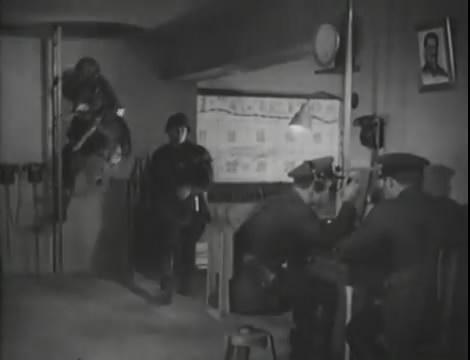 Эскадрилья №5 _ Война начинается (1939).mp4_snapshot_00.25.24_[2016.05.20_11.10.54]