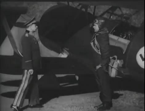 Эскадрилья №5 _ Война начинается (1939).mp4_snapshot_00.42.34_[2016.05.20_11.49.22]
