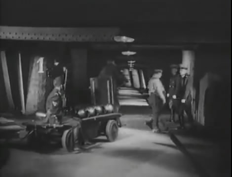 Эскадрилья №5 _ Война начинается (1939).mp4_snapshot_00.59.06_[2016.05.20_12.12.58]