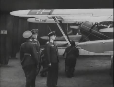 Эскадрилья №5 _ Война начинается (1939).mp4_snapshot_01.07.58_[2016.05.20_12.23.08]