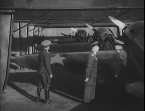 Эскадрилья №5 _ Война начинается (1939).mp4_snapshot_01.08.31_[2016.05.20_12.23.44]