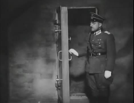 Эскадрилья №5 _ Война начинается (1939).mp4_snapshot_01.15.12_[2016.05.20_12.31.58]