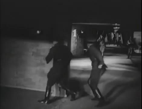 Эскадрилья №5 _ Война начинается (1939).mp4_snapshot_01.20.25_[2016.05.20_12.37.12]