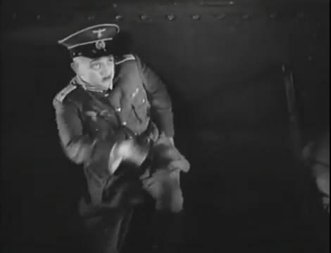 Эскадрилья №5 _ Война начинается (1939).mp4_snapshot_01.21.45_[2016.05.20_12.38.52]