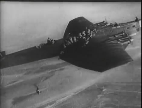 Эскадрилья №5 _ Война начинается (1939).mp4_snapshot_01.24.22_[2016.05.20_12.42.10]