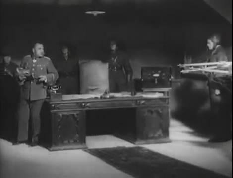 Эскадрилья №5 _ Война начинается (1939).mp4_snapshot_01.25.39_[2016.05.20_12.44.07]
