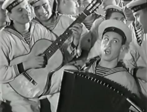 Моряки (1939).mp4_snapshot_00.03.31_[2016.06.01_15.52.42]