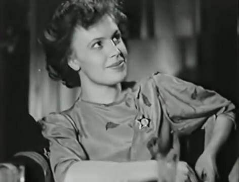 Моряки (1939).mp4_snapshot_00.16.01_[2016.06.01_16.20.17]