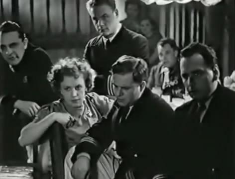Моряки (1939).mp4_snapshot_00.17.48_[2016.06.01_16.22.16]