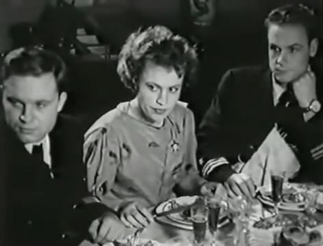 Моряки (1939).mp4_snapshot_00.20.11_[2016.06.01_16.25.03]