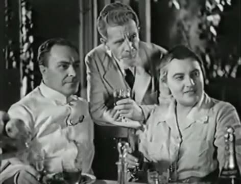 Моряки (1939).mp4_snapshot_00.20.16_[2016.06.01_16.25.13]