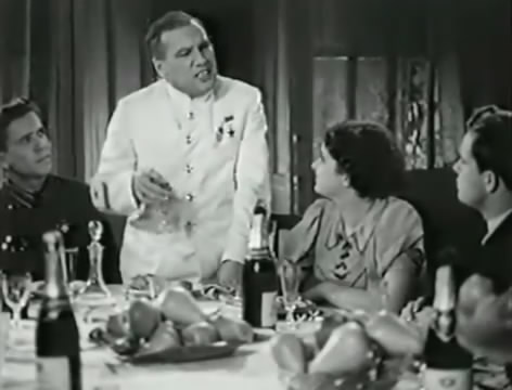 Моряки (1939).mp4_snapshot_00.20.23_[2016.06.01_16.25.27]