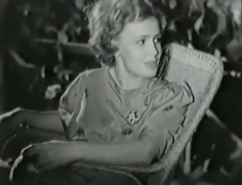 Моряки (1939).mp4_snapshot_00.22.47_[2016.06.01_16.28.27]