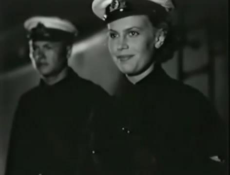 Моряки (1939).mp4_snapshot_00.36.30_[2016.06.02_10.41.58]