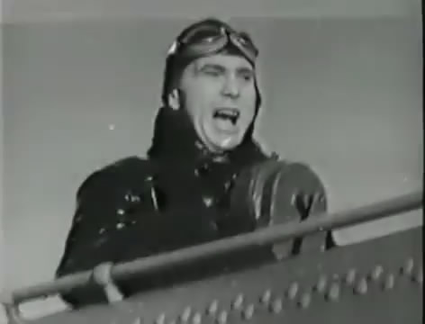 Моряки (1939).mp4_snapshot_00.39.28_[2016.06.02_10.47.43]