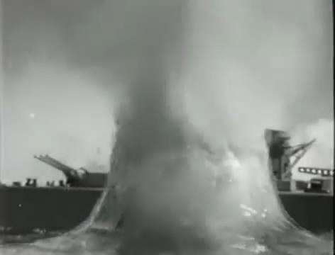 Моряки (1939).mp4_snapshot_00.39.37_[2016.06.02_10.47.56]