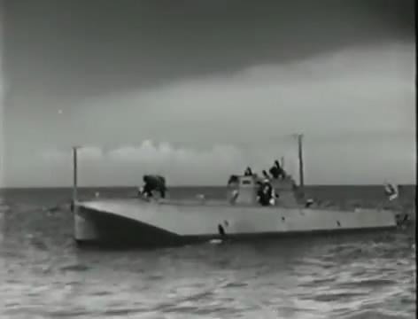 Моряки (1939).mp4_snapshot_00.40.55_[2016.06.02_10.49.52]