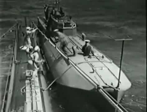 Моряки (1939).mp4_snapshot_00.42.47_[2016.06.02_15.21.28]