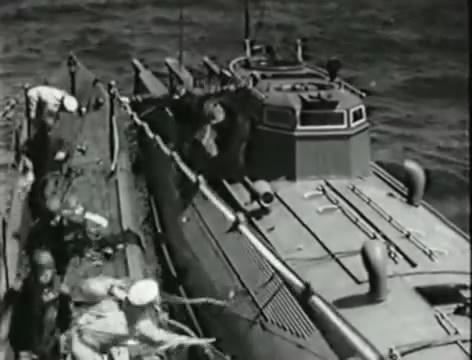 Моряки (1939).mp4_snapshot_00.43.05_[2016.06.02_15.21.54]