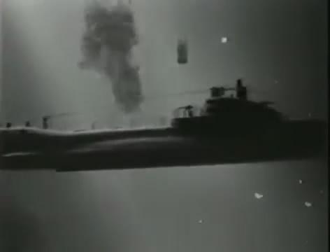 Моряки (1939).mp4_snapshot_00.48.41_[2016.06.02_15.28.53]
