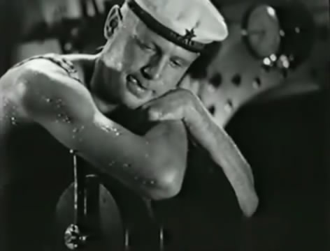 Моряки (1939).mp4_snapshot_00.53.29_[2016.06.02_15.37.35]