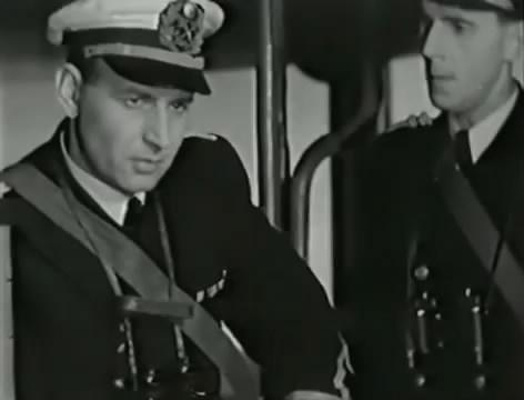 Моряки (1939).mp4_snapshot_00.56.15_[2016.06.02_15.40.57]