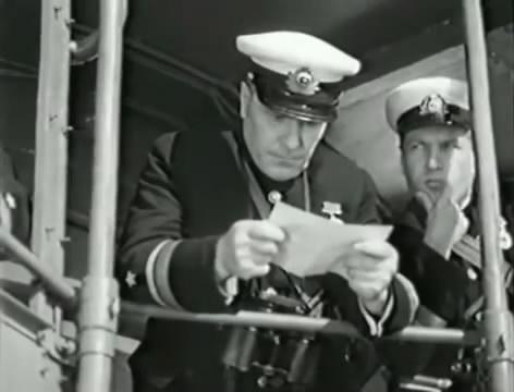 Моряки (1939).mp4_snapshot_01.00.13_[2016.06.02_15.45.39]