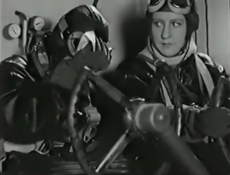 Моряки (1939).mp4_snapshot_01.02.37_[2016.06.02_15.48.19]