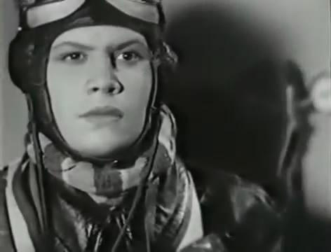 Моряки (1939).mp4_snapshot_01.03.30_[2016.06.02_15.49.24]