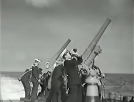 Моряки (1939).mp4_snapshot_01.03.53_[2016.06.02_15.50.03]