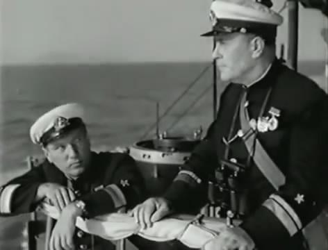 Моряки (1939).mp4_snapshot_01.06.46_[2016.06.02_15.53.59]