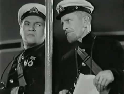 Моряки (1939).mp4_snapshot_01.08.57_[2016.06.02_15.56.25]