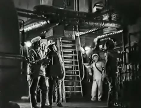 Моряки (1939).mp4_snapshot_01.10.05_[2016.06.02_15.57.42]