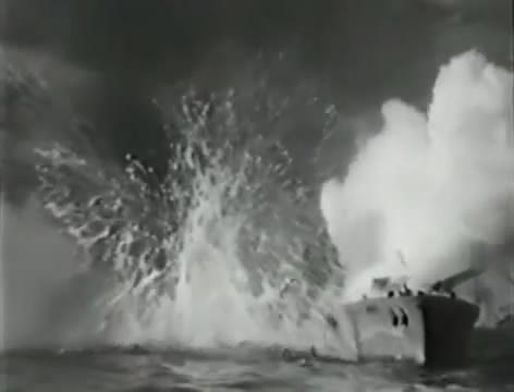 Моряки (1939).mp4_snapshot_01.18.56_[2016.06.02_16.08.05]