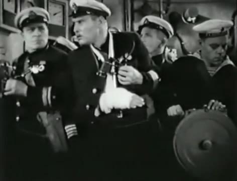 Моряки (1939).mp4_snapshot_01.21.54_[2016.06.02_16.11.06]