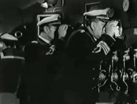 Моряки (1939).mp4_snapshot_01.22.13_[2016.06.02_16.11.32]
