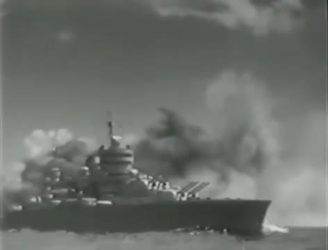 Моряки (1939).mp4_snapshot_01.25.22_[2016.06.02_16.15.36]
