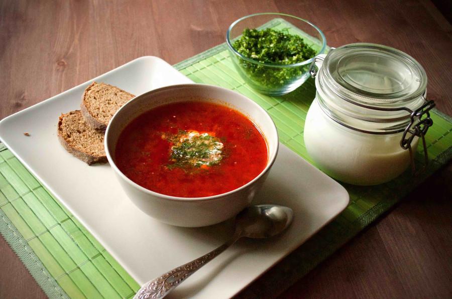 Вегетарианский борщ со свеклой и фасолью рецепт