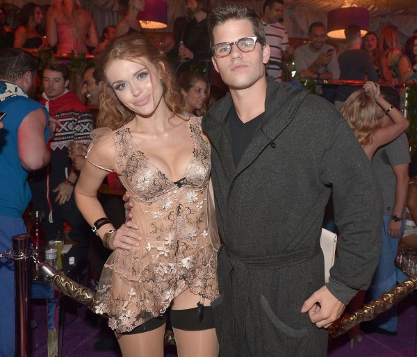 holland-roden-at-midsummer-night-s-dream-party-at-playboy-mansion_1