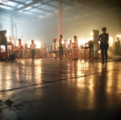 483px-Teen_Wolf_Season_3_Behind_the_Scenes_Extras_in_makeup_for_the_Blacklight_Rave_Sept_4