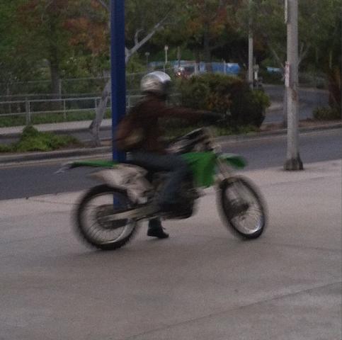 483px-Teen_Wolf_Season_3_Behind_the_Scenes_Scott's_Bike_at_Pali_High_Sept_5