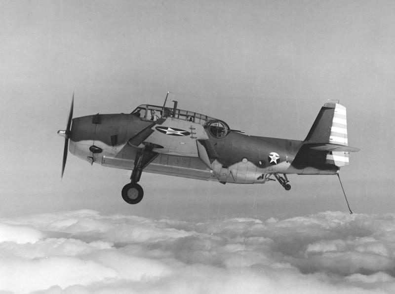 First_production_Grumman_TBF-1_Avenger_in_flight_on_23_March_1942.jpg